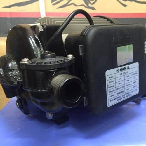 Bơm tăng áp điện tử Hanil HB 205A
