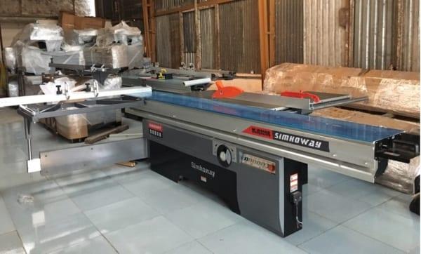 Máy cưa bàn trượt Simhoway MJQ320B