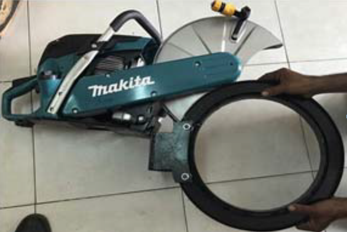 Máy cắt cọc bê tông Makita EK6101