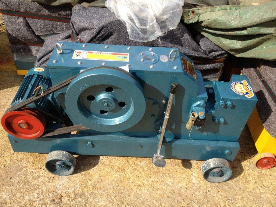 Máy cắt sắt Toàn Phong GQ40
