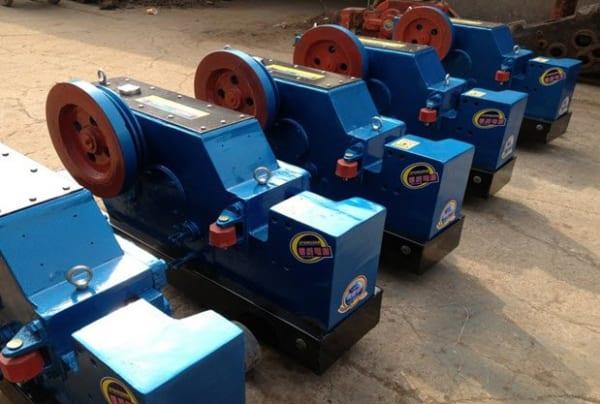 Máy cắt sắt Trung Quốc GQ50