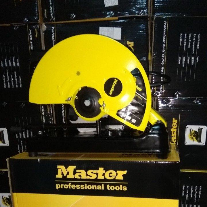 Máy cắt nhôm Master MT25502
